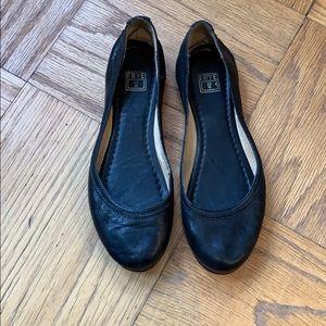 Frye Carson Ballet Flat Size 7 1/2